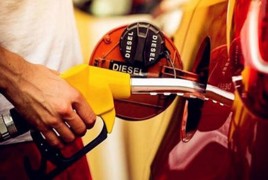 油價低位反彈,油股漲中國石油初段升4.3%