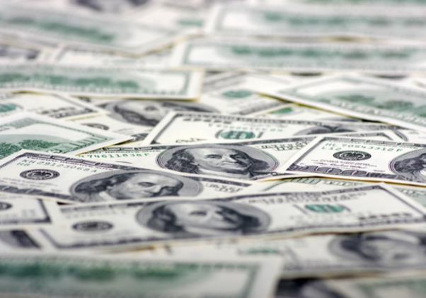 美元周線小漲 因第二波疫情憂慮和美國經濟數據令投資者不安