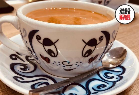 上市以來股價狂瀉72%,這家港式茶餐廳何處是歸途?