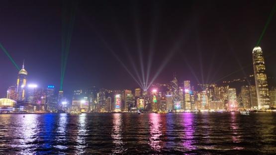重磅! 香港今年問鼎全球「集資王」 正面對嚴峻挑戰!