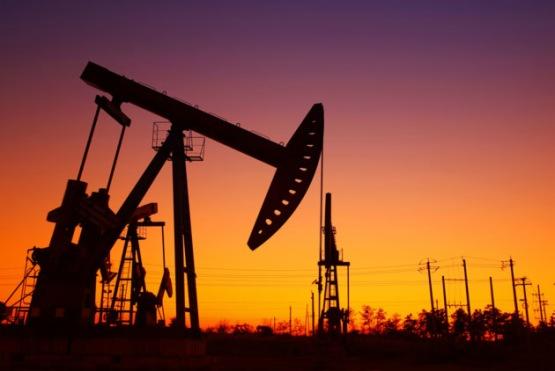【異動股】石油行業板塊下挫,華信退(002018-CN)跌9.76%