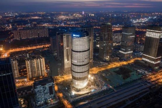 SOHO中國最新力作麗澤SOHO開幕 世界最高中庭建築驚豔北京